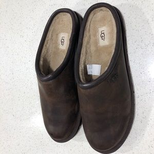 266e02d4639 ⚡️SALE⬇️ MENS UGG CLASSIC LEATHER CLOGS 15/16